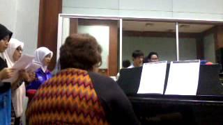 Dona Nobis Pacem - VOCAL TECHNIC CLASS ( Music Ed. Sultan Idris Education University Malaysia )