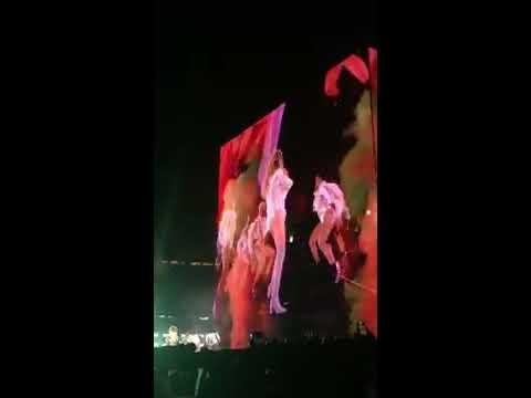 Beyoncé - Baby Boy/Freaks/Bam Bam/Hold Up (Formation Tour Santa Clara)