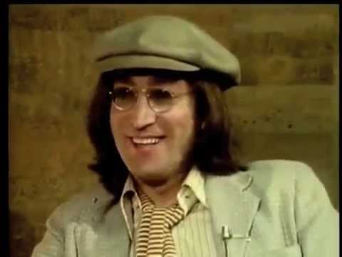 John Lennon  meets Paul McCartney