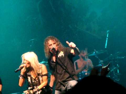 Doro- Always Live to Win [Bobby Blitz] @ Gramercy, NYC, Oct 20, 2014