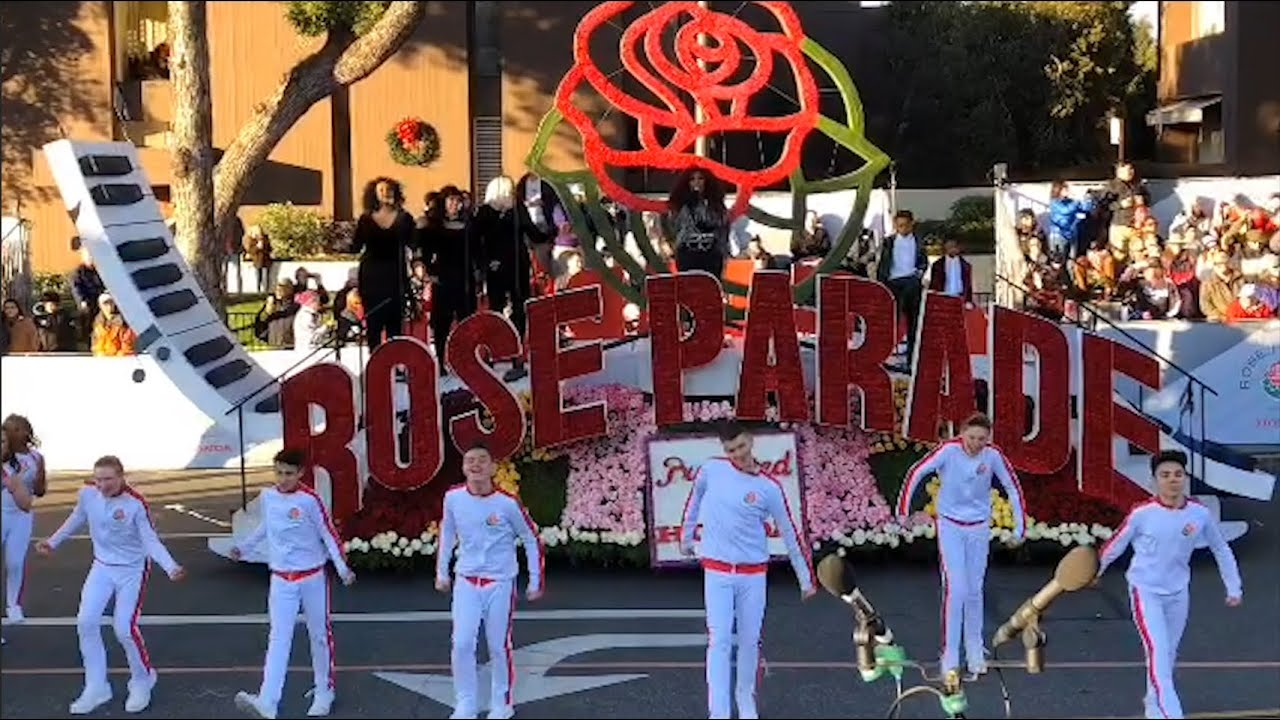 RoseBowl Parade 2019 Performance with my family (Tyler, Josh & Jett)