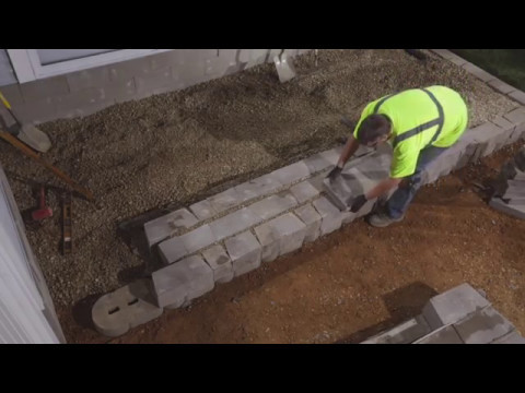 how-to-build-steps-using-retaining-wall-units