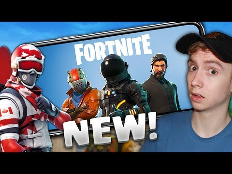 FORTNITE MOBILE IS OUT! First Time Playing On Mobile | Fortnite 🍞