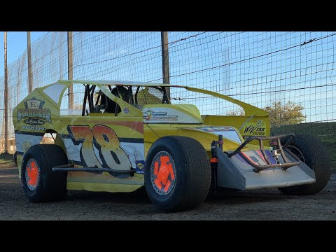 Briggs Danner On-Board 358 Modified at Grandview Speedway Speedway September 21, 2019! Last video: https://youtu.be/GjCJQc8xFFE Most Popular ... - dirt track racing video image