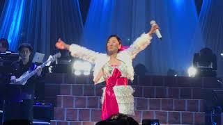 冬の歌姫、地元福岡での2019年凱旋ツアー。衰えを感じさせない圧倒的な...