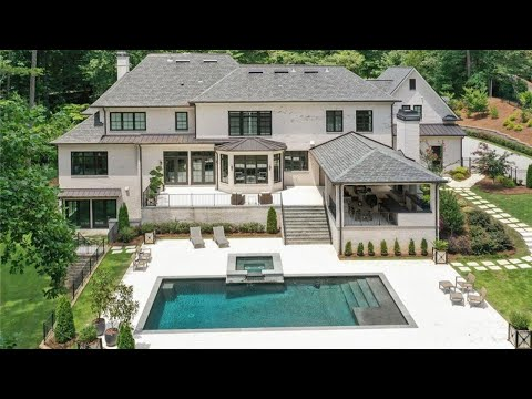 840 Crest Valley Drive | Atlanta, GA 30327