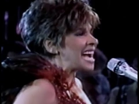 Shirley Bassey - New York New York (Medley)  (1987 Live in Berlin)