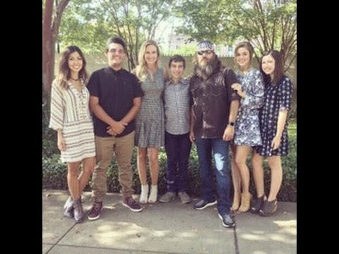 DUCK DYNASTY STARS WILLIE AND KORIE ROBERTSON LY ADOPT NEW SON: