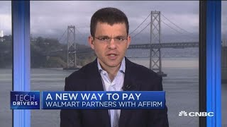 """Cnbc's """"power lunch"""" team is joined by max levchin, founder and ceo of loan app affirm, to discuss the company's new partnership with walmart.» subscribe ..."""
