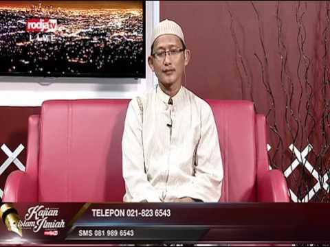 Membaca Shalawat Pada Tasyahud Awal   Ustadz Badrusalam Lc