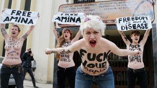 Femen'den cami önünde protesto