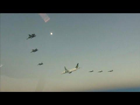 شاهد: طائرات حربية باكستانية ترافق ولي العهد السعودي في جولته الآسيوية…