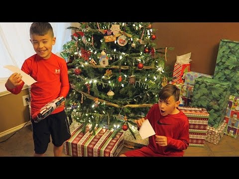 CHRISTMAS EVE 2016  ERIKTV365 Day #2368