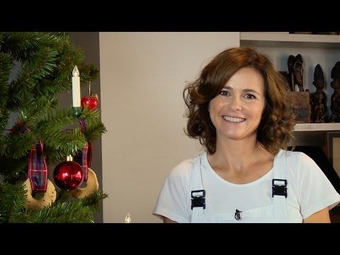 Biscotti Per Addobbare L Albero Di Natale.Albero Di Natale Fai Da Te Con Candele E Biscotti E Renna