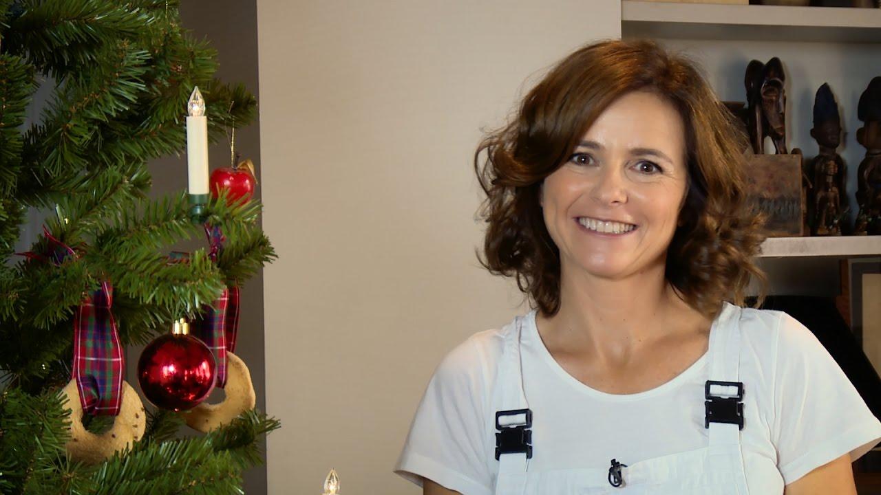 Albero di natale fai da te con candele e biscotti e renna youtube - Portacandele natalizi fai da te ...