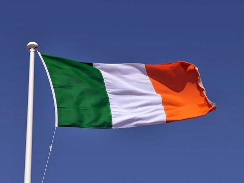 İngilizler İrlanda Pasaportlarına Hücum Etti