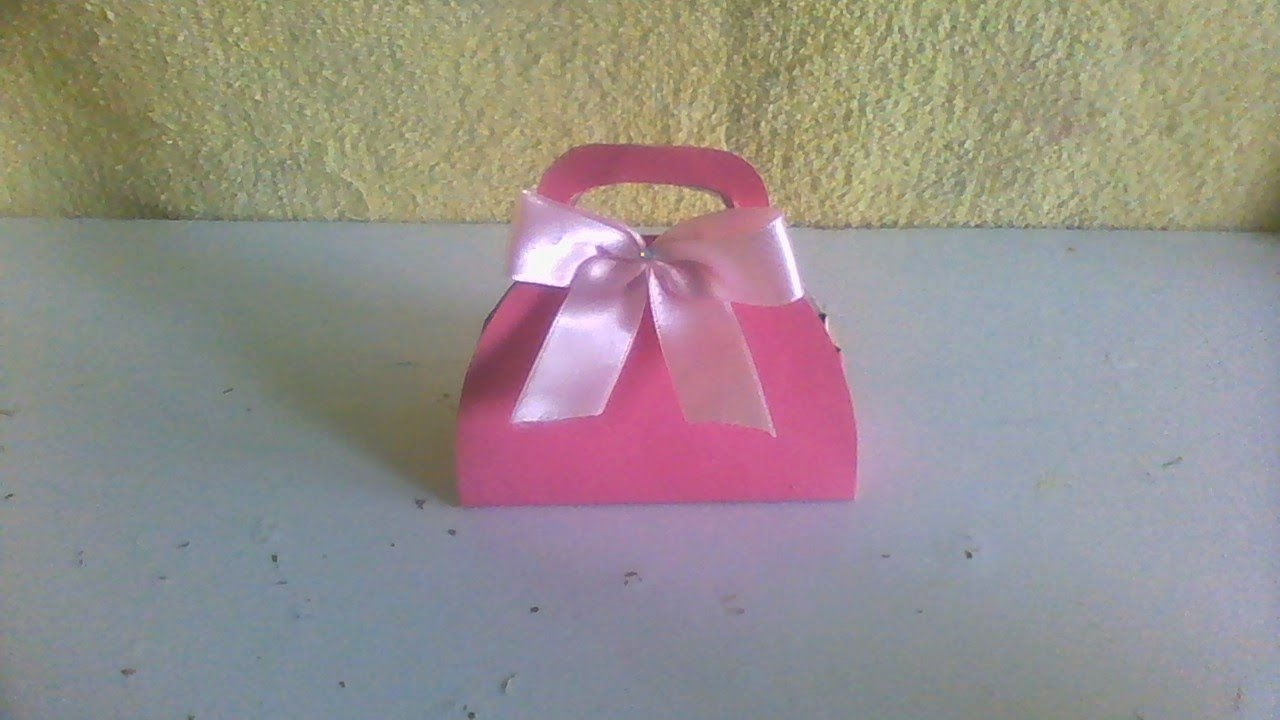 Bolsinha de papel lembrancinha infantil 15 anos for Papel para empapelar infantil