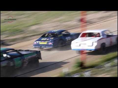 Wild Bill's Raceway Pure Stock Heat Race 6/8/19