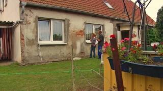 Unverkäufliches Haus in Müggenburg gilt Jobcenter Anklam als Vermögen | Panorama 3 | NDR