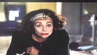 NO WIRE HANGERS!!! - Mommie Dearest