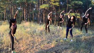 Фитнес на природе/ Елена Ионова и группа девчонок / Паллада_fitness