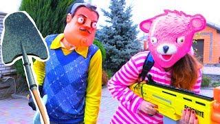 NERF Битва Даня против Привет Соседа и Розовой Панды из Фортнайт