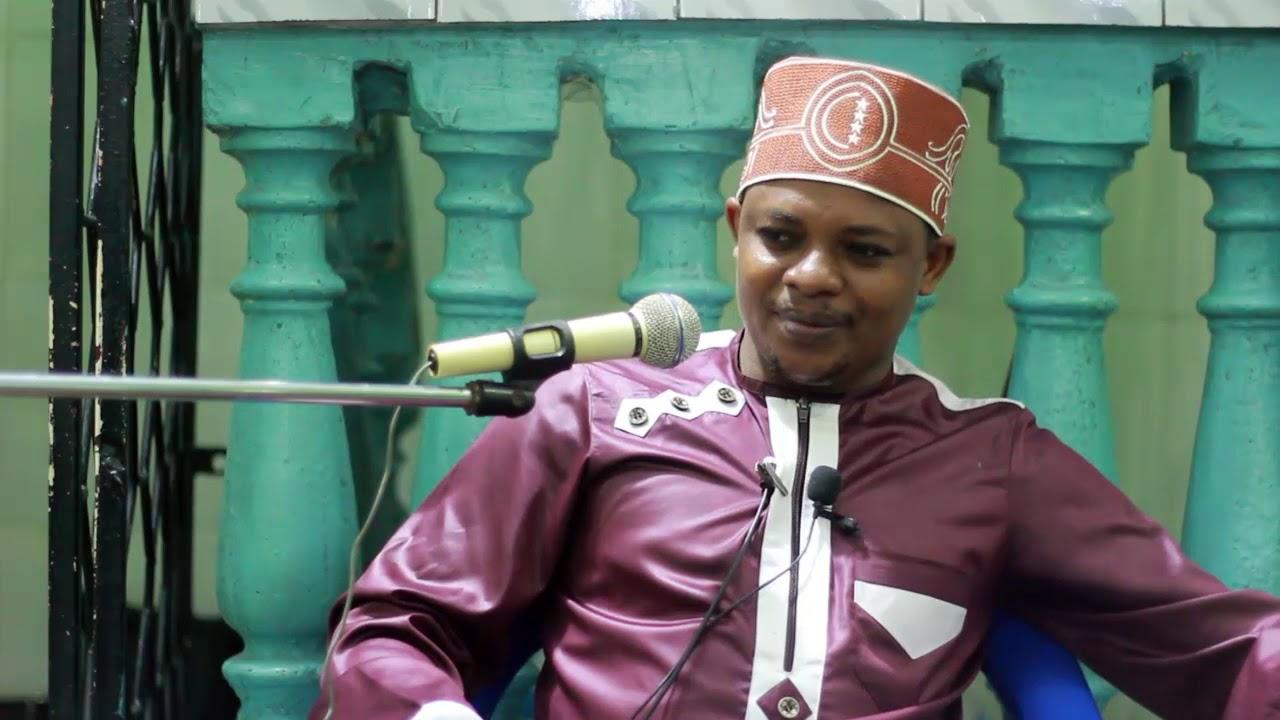 Download TUJIEPUSHE NA MASWALA YA KUOMBA / TUMUOMBE MWENYEZI MUNGU _ SHEIKH OTHMAN MICHAEL