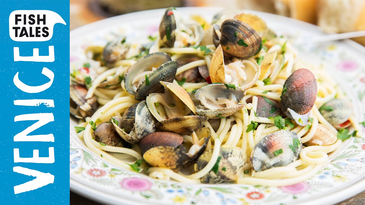 Spaghetti alle vongole bart 39 s fish tales youtube for Fish tales restaurant