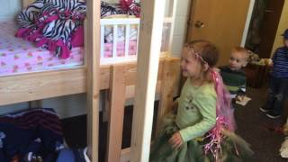 Discovering The Triple Toddler Bunk Bed