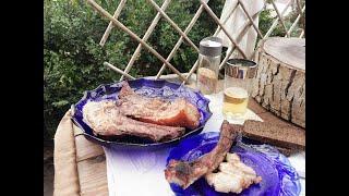 Мясо на открытом огне, печь из 14 кирпичей и садовые дела