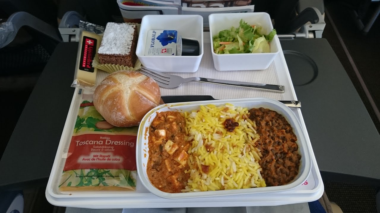 Is Food In Business Class Lounge Free