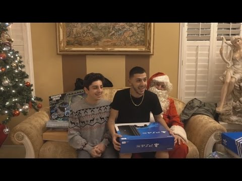 INSANE FAMILY CHRISTMAS GIFTS OPENING!! | FaZe Rug