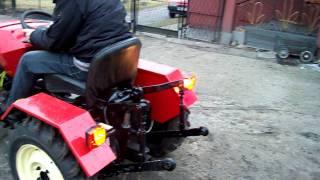 maly traktor, traktor ogrodniczy