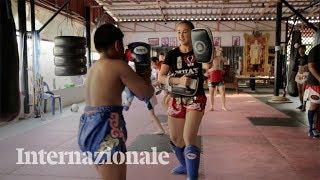 La sportiva che rompe gli schemi della boxe tailandese