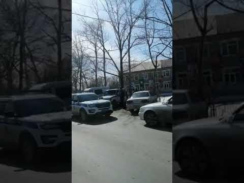 В Новоалександровске инспекторы ДПС задержали сахалинцев с наркотиками в автомобиле