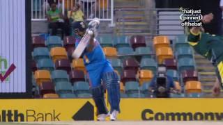 Brett Lee Bouncer hits Sachin Tendulkar