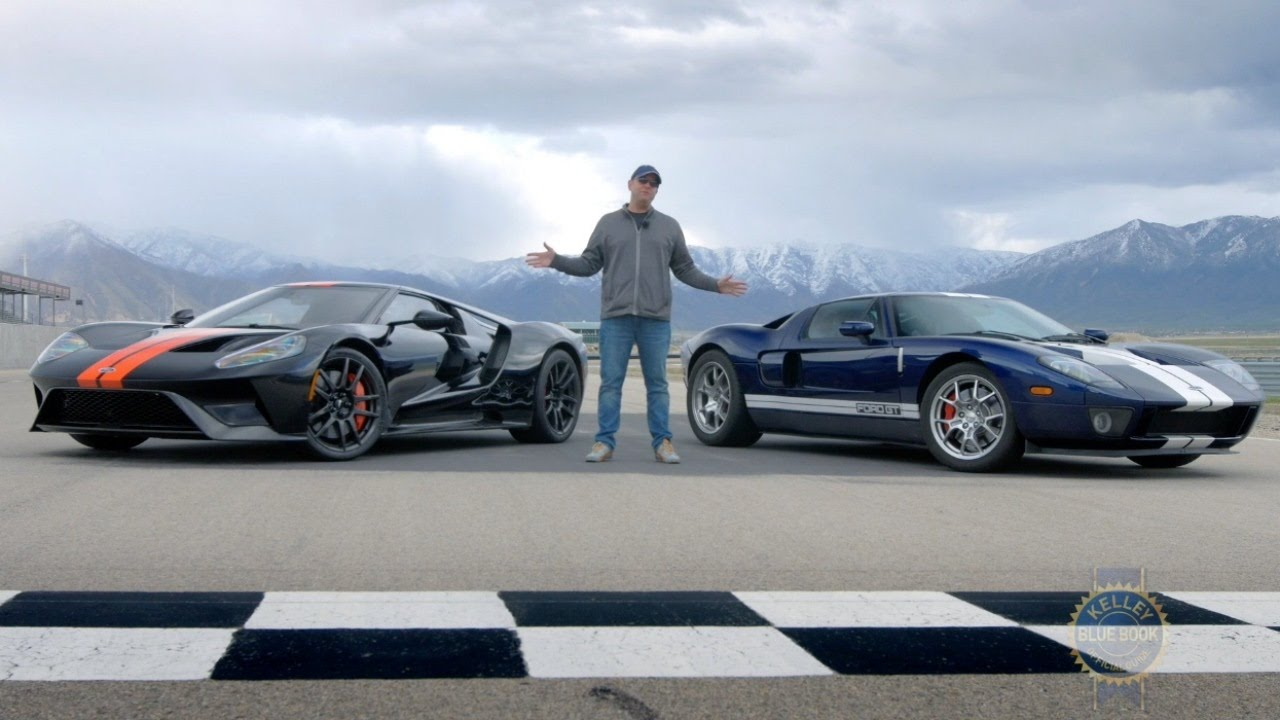 2017 Ford Gt Vs 2005 Ford Gt Youtube