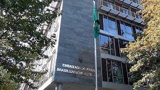 Como votam os brasileiros no exterior