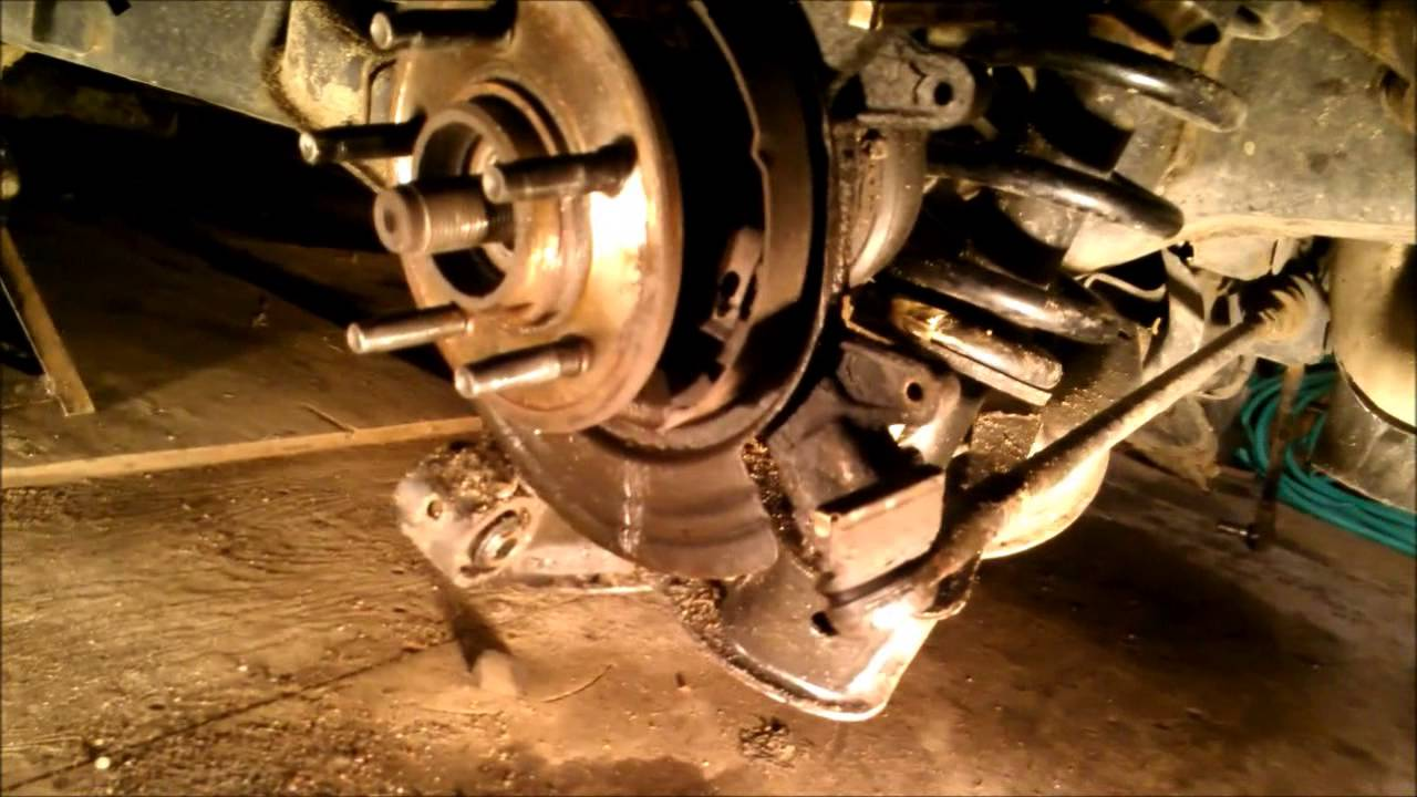 Rear Bearing Replacement On A 2004 Ford Explorer Youtube