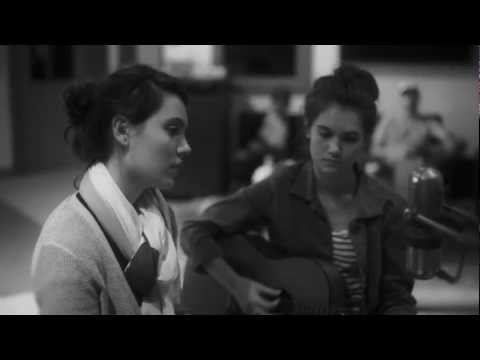 Lily & Madeleine - In The Middle