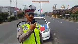 Download Video Monitor HT Polisi Mudik 2017 MP3 3GP MP4