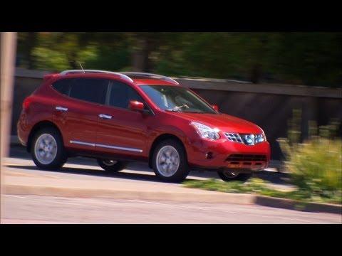 Car Tech 2013 Nissan Rogue SV