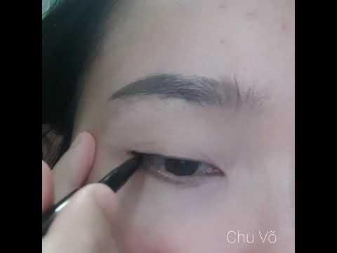 Cách vẽ Eyeliner cơ bản – Eyeliner for Beginers