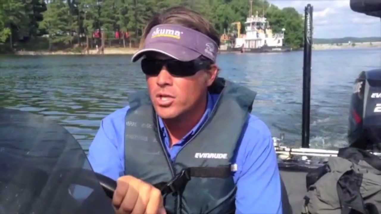 Bass fishing kentucky lake ledges are hot with scott for Roland martin fishing