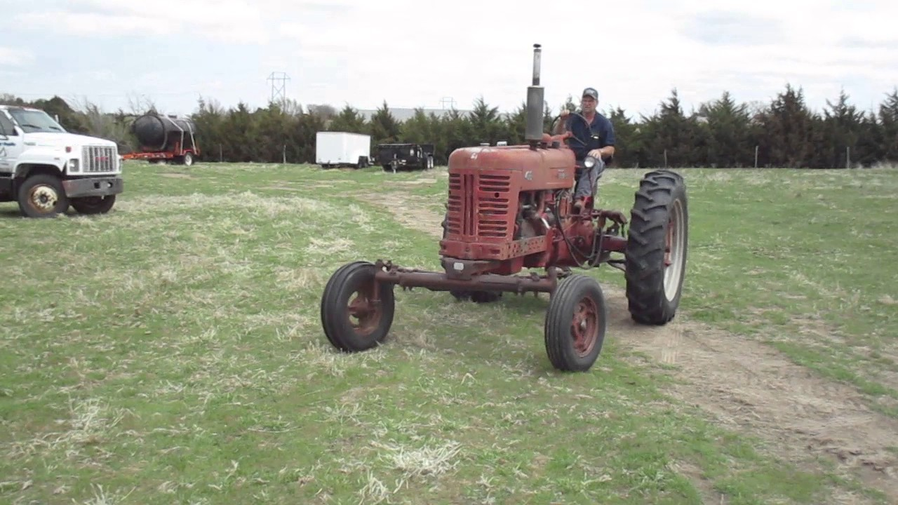 medium resolution of bigiron 1955 farmall 400 2wd tractor