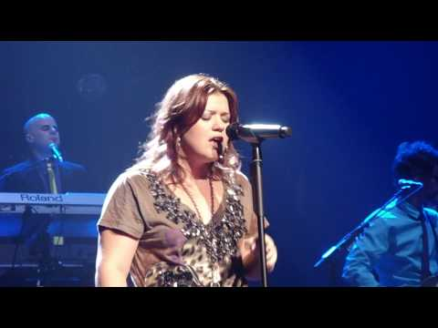 Kelly Clarkson - That I Would Be Good and Use Somebody