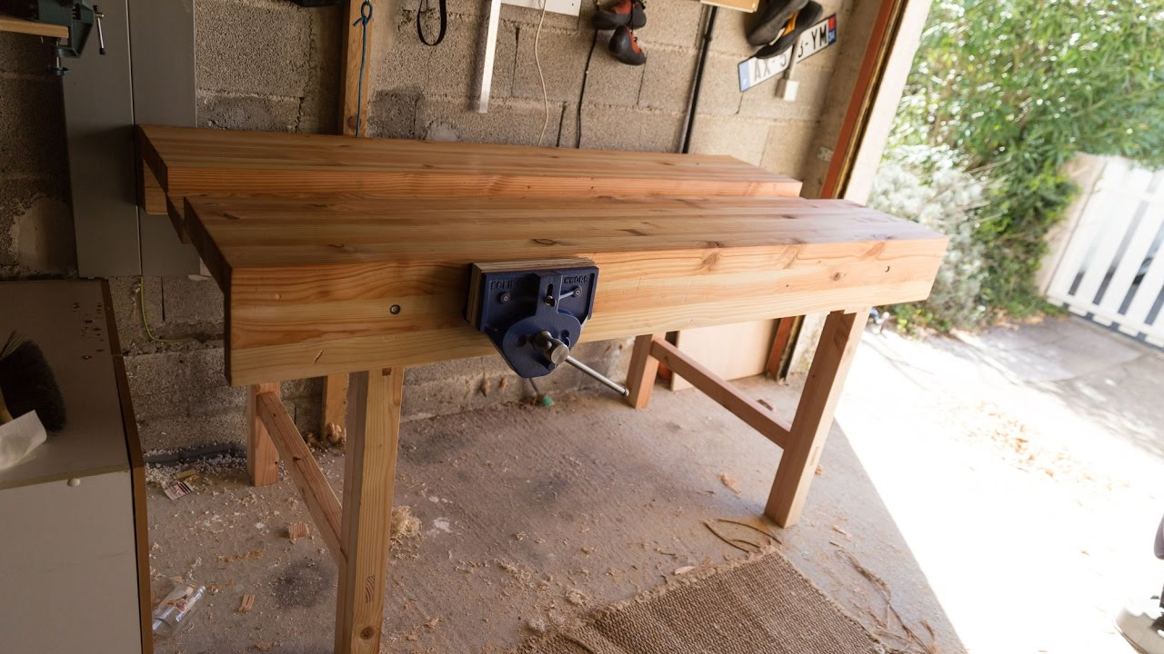Paul Sellers design woodworkers bench - YouTube