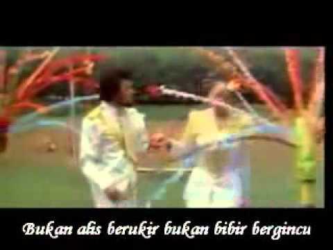 Rhoma Irama feat. Camelia Malik - Dasi dan Gincu
