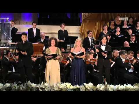 Christmas in Vienna  2013: Angelika Kirchschlager, Ursula Langmayr, Luca Pisaroni, Joel Prieto