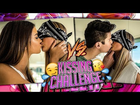 Who's the better Kisser? GIRL Twins VS. BOY Twins